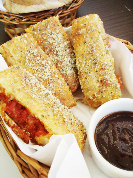 pizza-hut-curitiba-bread-sticks
