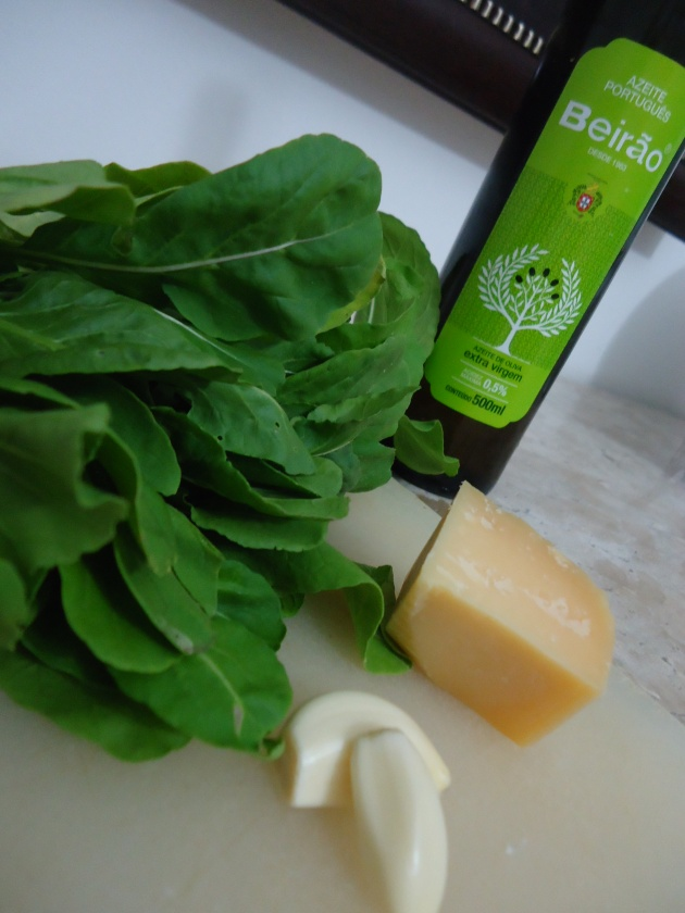 ingredientes pesto de rucula