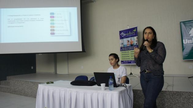 Rafaella Botelho palestra uso responsável redes sociais